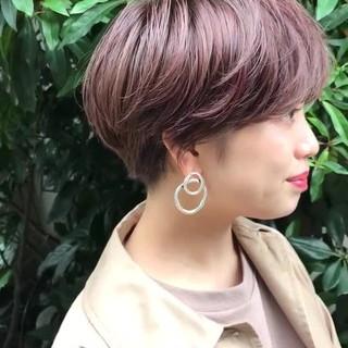 フェミニン インナーカラー 福岡市 ショート ヘアスタイルや髪型の写真・画像