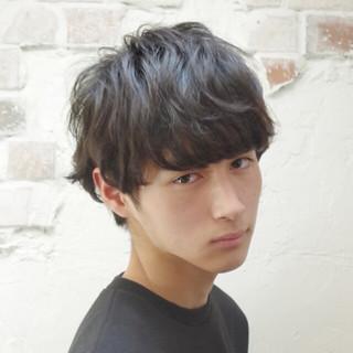 黒髪 パーマ ボーイッシュ ナチュラル ヘアスタイルや髪型の写真・画像
