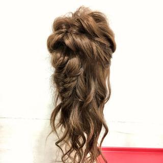 ハーフアップ 編み込み フィッシュボーン ヘアアレンジ ヘアスタイルや髪型の写真・画像 ヘアスタイルや髪型の写真・画像