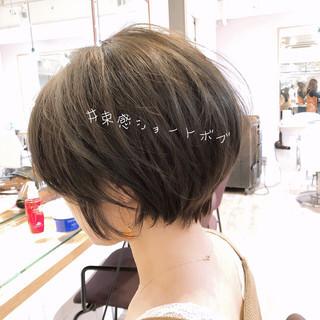 ショートヘア 大人可愛い ショート アンニュイほつれヘア ヘアスタイルや髪型の写真・画像