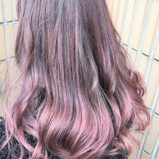ゆるふわ ラベンダーピンク ロング ピンク ヘアスタイルや髪型の写真・画像