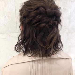 結婚式 ゆるふわセット ヘアアレンジ フェミニン ヘアスタイルや髪型の写真・画像