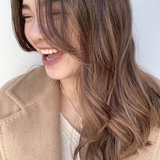 グラデーションカラー ナチュラル ロング ビーチガール ヘアスタイルや髪型の写真・画像