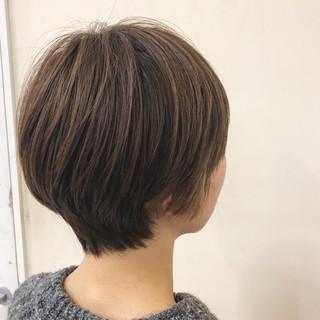 ショート 大人女子 ナチュラル 外国人風カラー ヘアスタイルや髪型の写真・画像