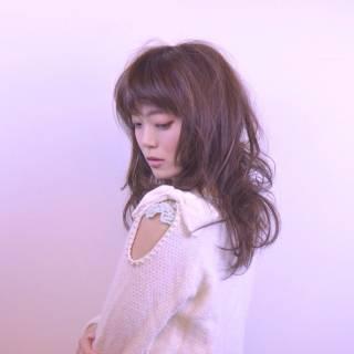 フェミニン ピンク ロング 愛され ヘアスタイルや髪型の写真・画像