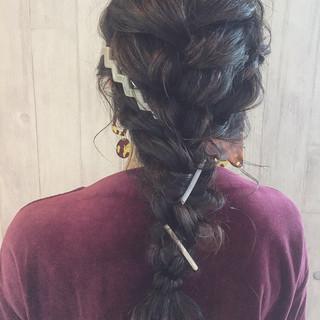 編み込み ロング ナチュラル ヘアアレンジ ヘアスタイルや髪型の写真・画像