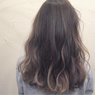 ナチュラル ハイライト グラデーションカラー 外国人風 ヘアスタイルや髪型の写真・画像