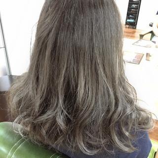 イルミナカラー セミロング かわいい TOKIOトリートメント ヘアスタイルや髪型の写真・画像