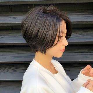 ショート 大人女子 ナチュラル ハイライト ヘアスタイルや髪型の写真・画像