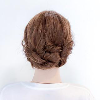 簡単ヘアアレンジ くるりんぱ フェミニン セルフアレンジ ヘアスタイルや髪型の写真・画像