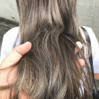ナチュラル ロング アウトドア アンニュイほつれヘア ヘアスタイルや髪型の写真・画像