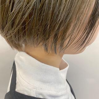 ショートボブ ミニボブ ショート ブリーチ ヘアスタイルや髪型の写真・画像