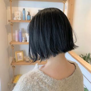 インナーカラー ショートボブ ナチュラル ショートヘア ヘアスタイルや髪型の写真・画像