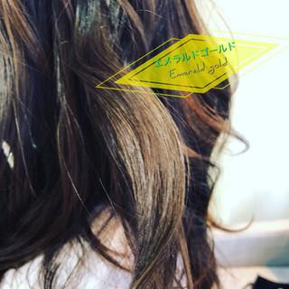 アディクシーカラー ヘアカラー ナチュラル アイロンワーク ヘアスタイルや髪型の写真・画像