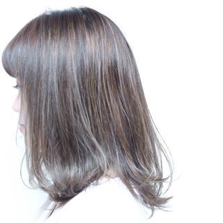 ミディアム ゆるふわ 前髪あり ストリート ヘアスタイルや髪型の写真・画像