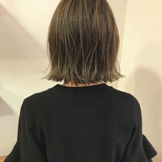 ロブ 切りっぱなし ハイライト ナチュラル ヘアスタイルや髪型の写真・画像