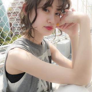 フェミニン 簡単ヘアアレンジ 秋 ナチュラル ヘアスタイルや髪型の写真・画像