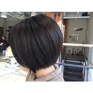 ストレート ボブ ナチュラル センターパート ヘアスタイルや髪型の写真・画像