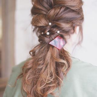 簡単ヘアアレンジ ハイライト ロング ゆるふわ ヘアスタイルや髪型の写真・画像