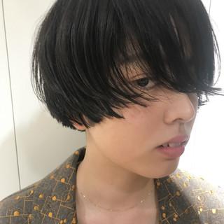 ショートボブ 刈り上げ 前髪あり ショート ヘアスタイルや髪型の写真・画像