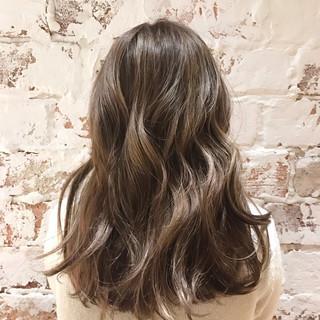 ハイライト エレガント デート 外国人風カラー ヘアスタイルや髪型の写真・画像