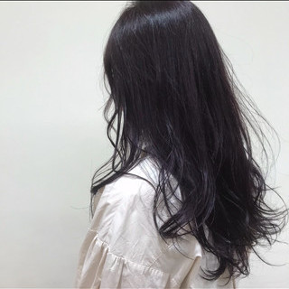 ピンクバイオレット バイオレット ゆるナチュラル 暗髪バイオレット ヘアスタイルや髪型の写真・画像