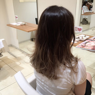 グラデーションカラー お団子 大人かわいい 外国人風 ヘアスタイルや髪型の写真・画像