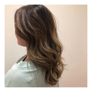 グラデーションカラー セミロング 外国人風カラー 抜け感 ヘアスタイルや髪型の写真・画像