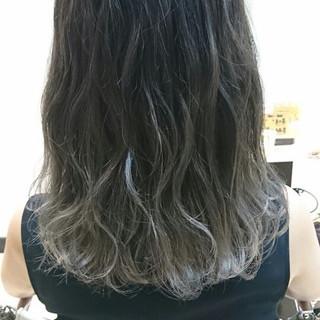 ハイライト 透明感 ナチュラル 秋 ヘアスタイルや髪型の写真・画像 ヘアスタイルや髪型の写真・画像