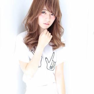 卵型 セミロング ゆるふわ 丸顔 ヘアスタイルや髪型の写真・画像 ヘアスタイルや髪型の写真・画像