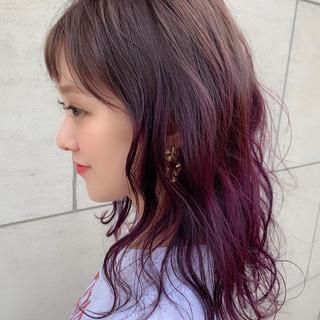 ナチュラル ゆるふわ ピンクパープル ハイライト ヘアスタイルや髪型の写真・画像