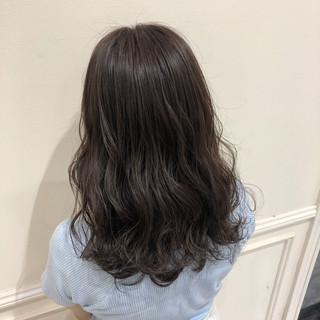 大人女子 大人カジュアル セミロング ナチュラル ヘアスタイルや髪型の写真・画像
