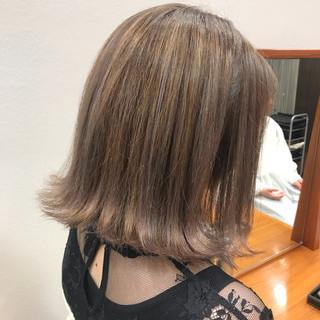 ミルクティー 外国人風カラー ガーリー グレージュ ヘアスタイルや髪型の写真・画像