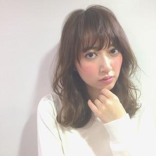 暗髪 美シルエット セミロング ピュア ヘアスタイルや髪型の写真・画像