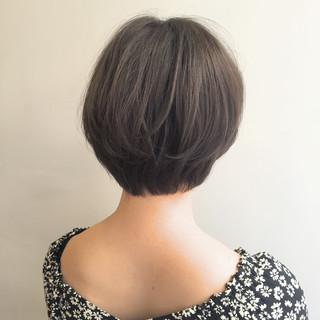 ナチュラル ショートボブ ショート 外ハネ ヘアスタイルや髪型の写真・画像