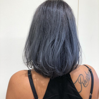 ブリーチ グレージュ 透明感 ボブ ヘアスタイルや髪型の写真・画像