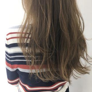 セミロング ハイライト 外国人風 ガーリー ヘアスタイルや髪型の写真・画像