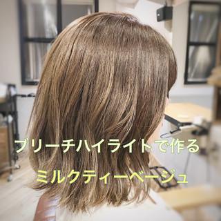 ミディアム 簡単ヘアアレンジ ヘアアレンジ デート ヘアスタイルや髪型の写真・画像 ヘアスタイルや髪型の写真・画像