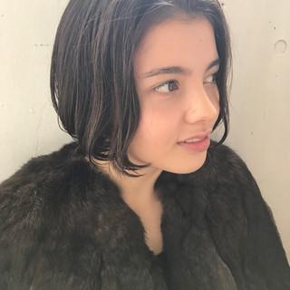 ミルクティー ニュアンス ボブ 透明感 ヘアスタイルや髪型の写真・画像