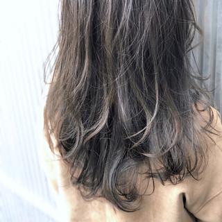 ゆるふわ ロング 透明感 前髪あり ヘアスタイルや髪型の写真・画像