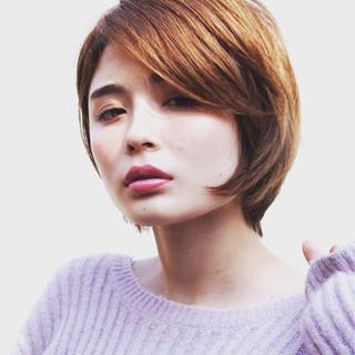 ショート 外国人風 ショートボブ ナチュラル ヘアスタイルや髪型の写真・画像