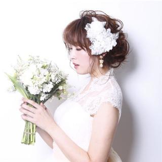 セミロング 結婚式 大人女子 上品 ヘアスタイルや髪型の写真・画像