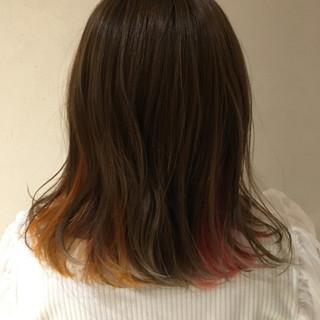 デート イエロー モード セミロング ヘアスタイルや髪型の写真・画像