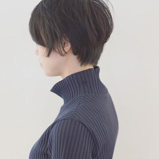 色気 ナチュラル 黒髪 ニュアンス ヘアスタイルや髪型の写真・画像 ヘアスタイルや髪型の写真・画像