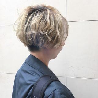 マッシュ 外国人風 モード ショート ヘアスタイルや髪型の写真・画像 ヘアスタイルや髪型の写真・画像