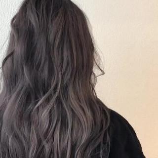 セミロング ブリーチ ストリート ダブルカラー ヘアスタイルや髪型の写真・画像 ヘアスタイルや髪型の写真・画像