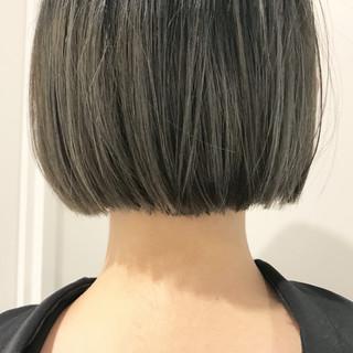 ブリーチ ボブ 切りっぱなし モード ヘアスタイルや髪型の写真・画像 ヘアスタイルや髪型の写真・画像