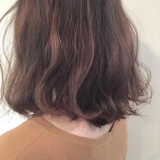 外ハネ ハイライト デート ナチュラル ヘアスタイルや髪型の写真・画像