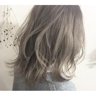 マッシュ アッシュ ミルクティー グレージュ ヘアスタイルや髪型の写真・画像