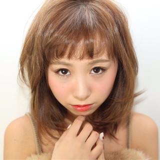 ゆるふわ 外国人風 前髪あり レイヤーカット ヘアスタイルや髪型の写真・画像